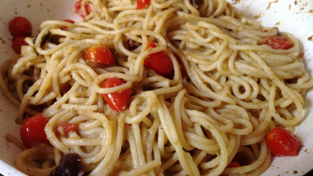 Espaguetis saltejats