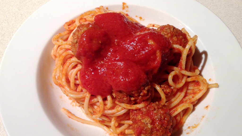 Espaguetis amb mandonguilles