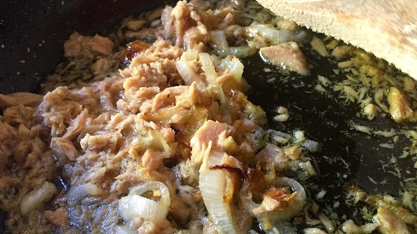 Espaguetis amb tonyina